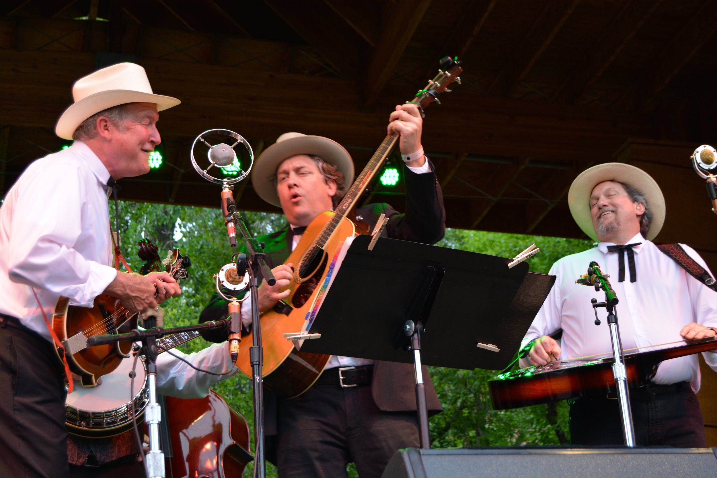 The Earls of Leicester with Jerry Douglas featured the music of Flatt _ Scruggs.jpg
