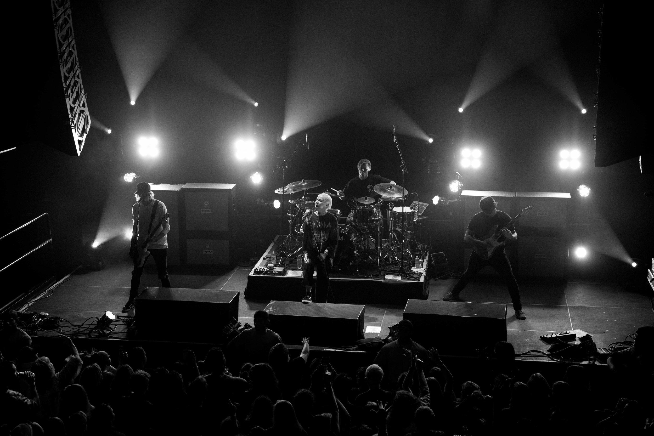 Tonight Alive (6).jpg