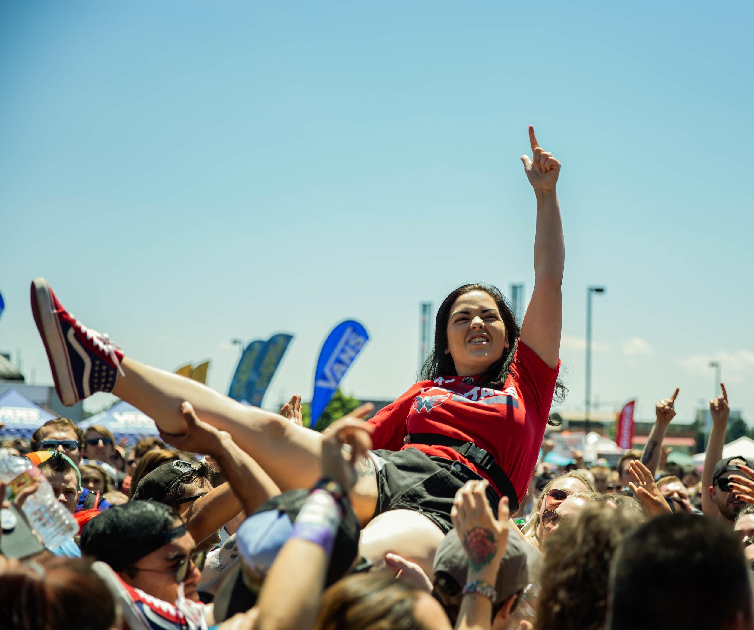 Crowd (2).jpg