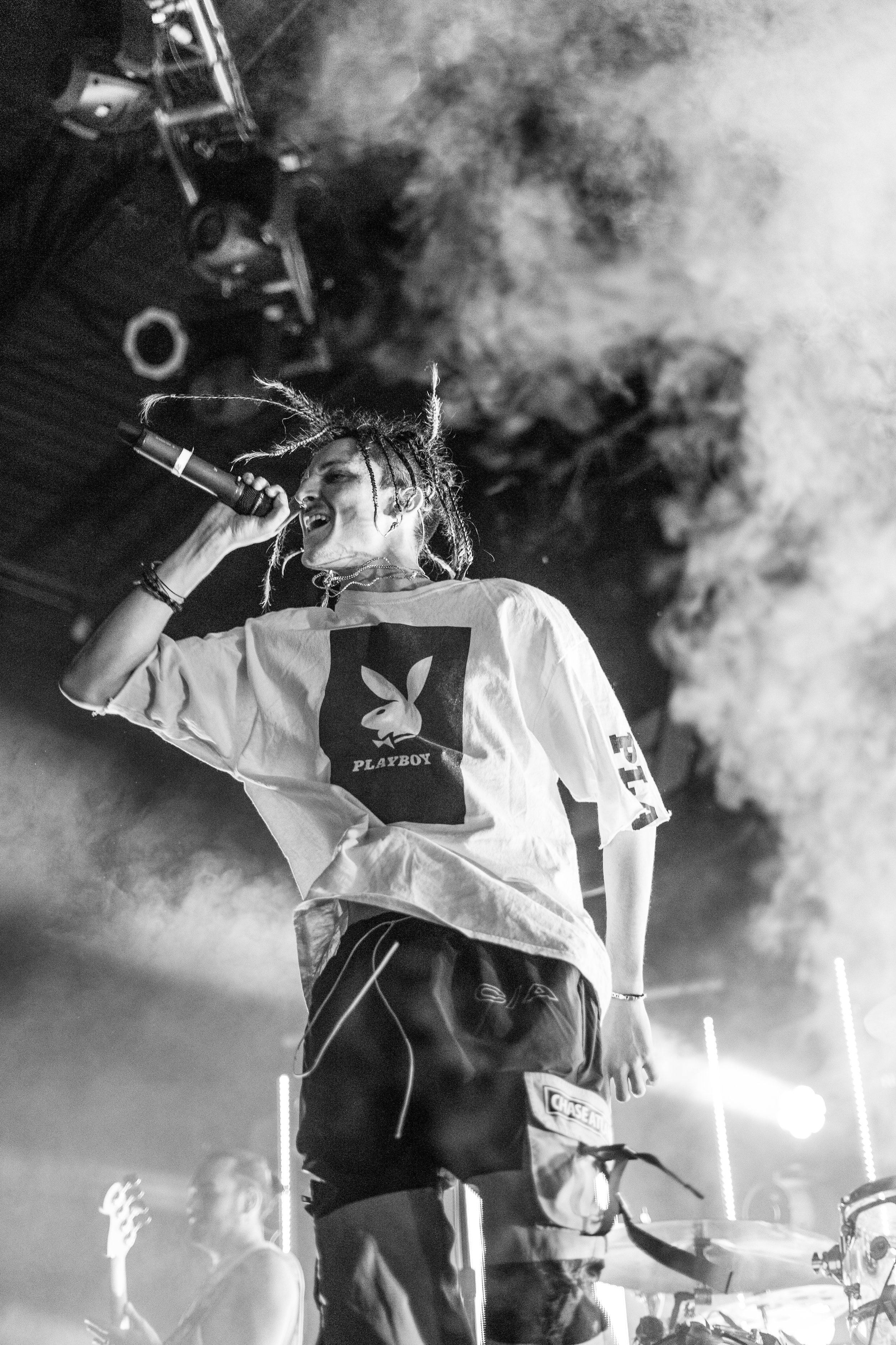 Chase Atlantic-5.jpg