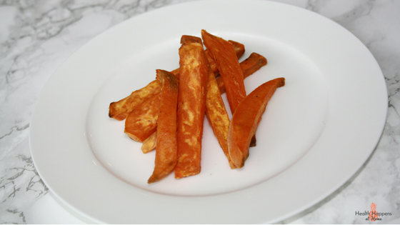 An Easy recipe for sweet potato fries. Read now or pin for later. - Health Happens at Home