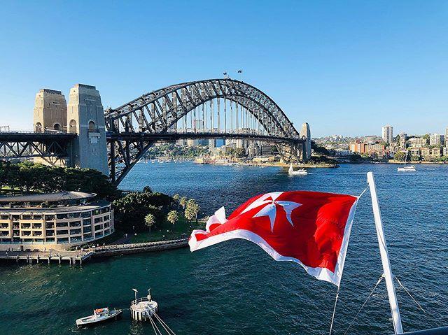 Sydney Harbour viewed from the - Celebrity Cruise Ship. 04.01.2019 #iphone10 #earthscope #onlymobileart #celebretycruises #photooftheday #photography  #theprintswap #iphone #artcollectormagazine #shotoniphone #apple #today@apple #smartphonephotography #mobiography #australianphotomag #photomagazine #photography  #artphotography #grossmag #iphoneonly #iphonex  #artcollectormagazine #shotoniphone #worldtraveler #artistsoninstagram #mag_mobileartgroup