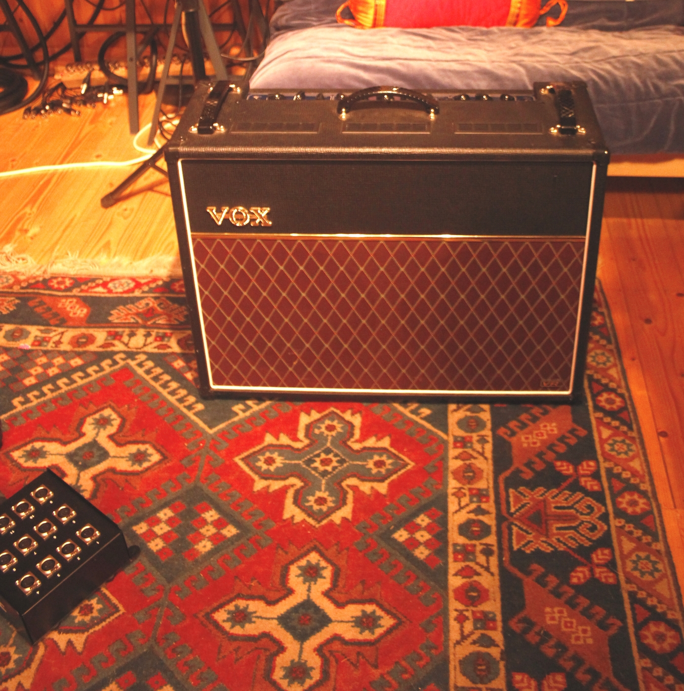 Vox ac30vr. Awesome modern vox style amp.