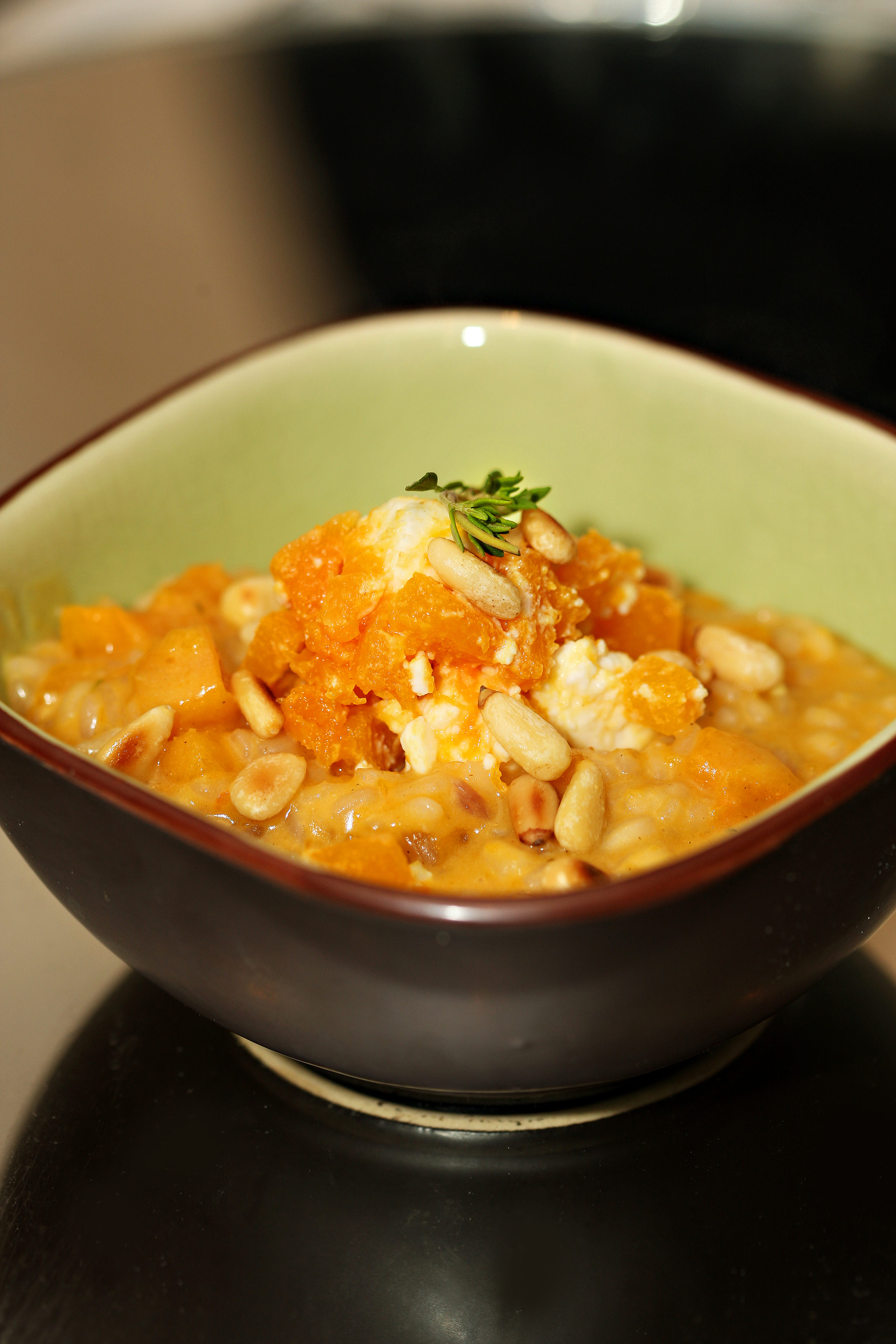 Bowl food-Butternut squash risotto with feta and pine nuts