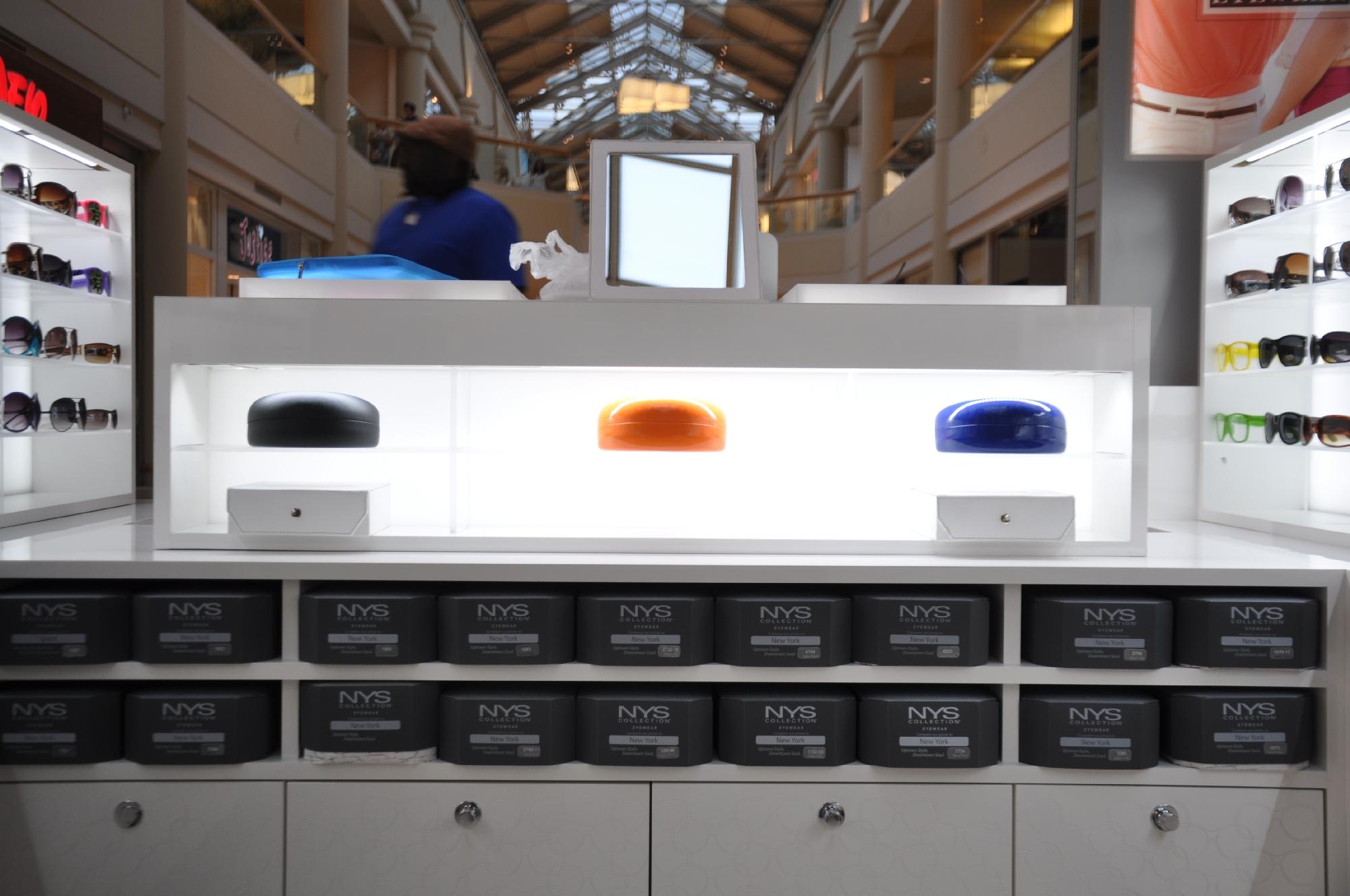 NYS KIOSK Freehold Mall 2012 047__29.jpg
