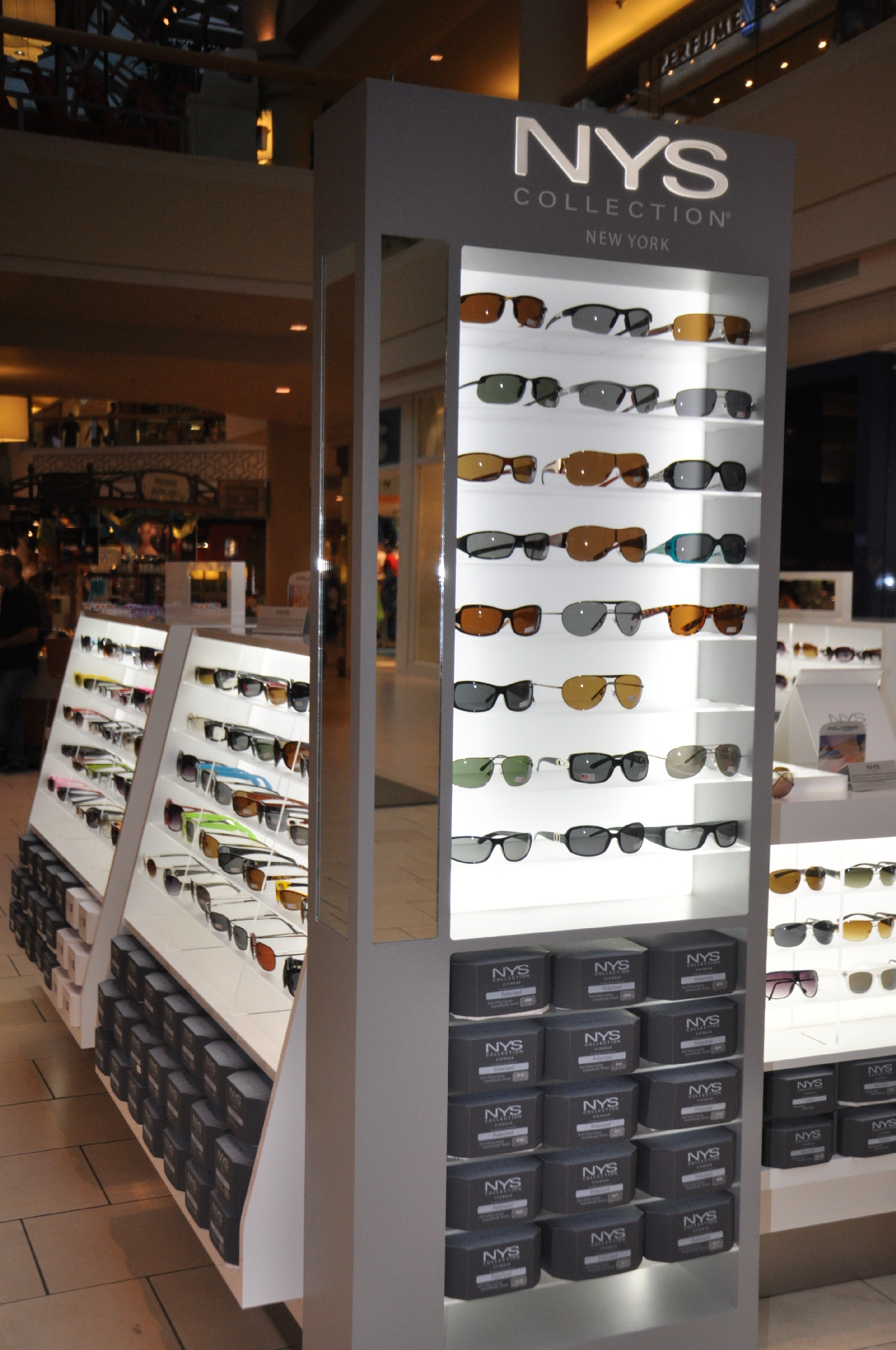 NYS KIOSK Freehold Mall 2012 063__45.jpg