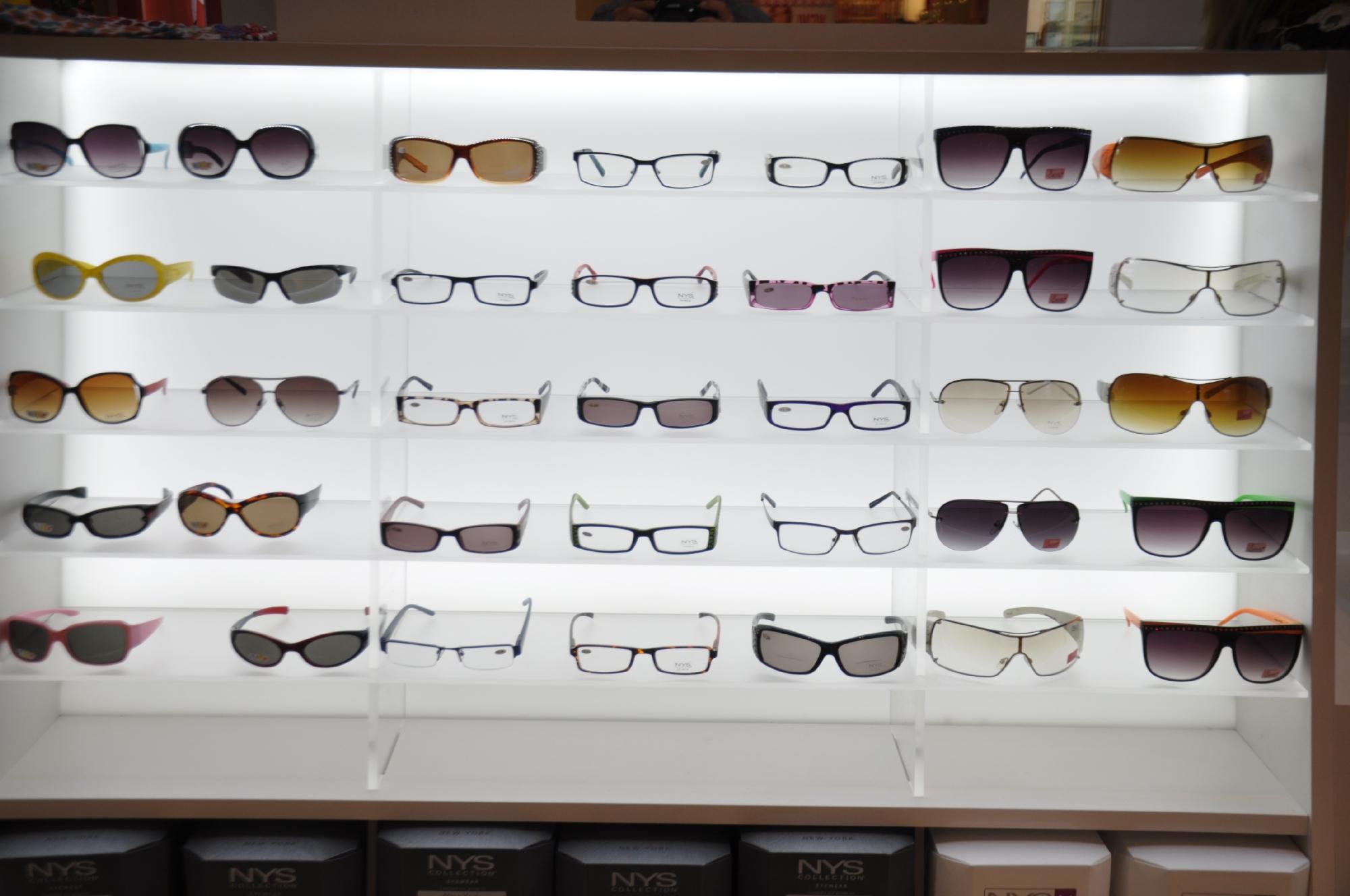 NYS KIOSK Freehold Mall 2012 078__60.jpg