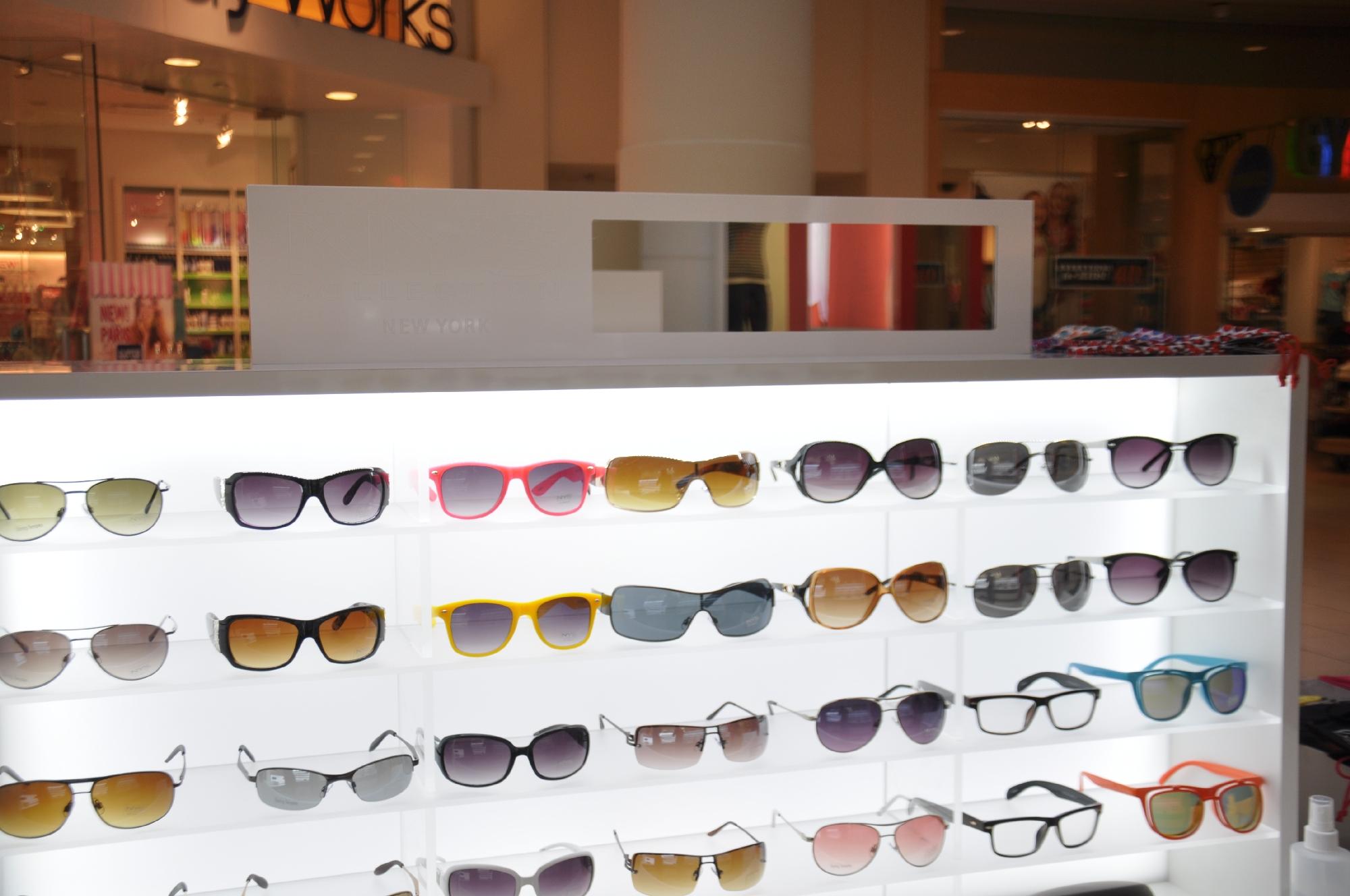 NYS KIOSK Freehold Mall 2012 080__62.jpg
