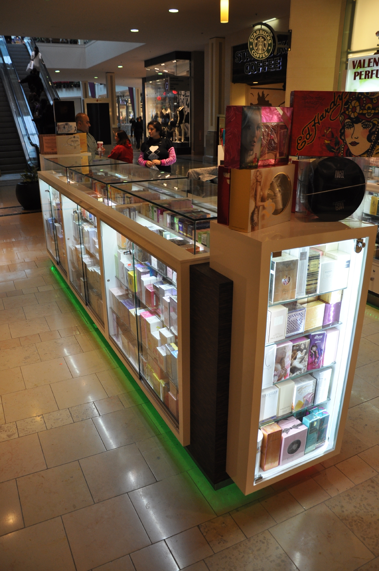 Valentine Perfume Kiosk BWC - Resize _03.jpg