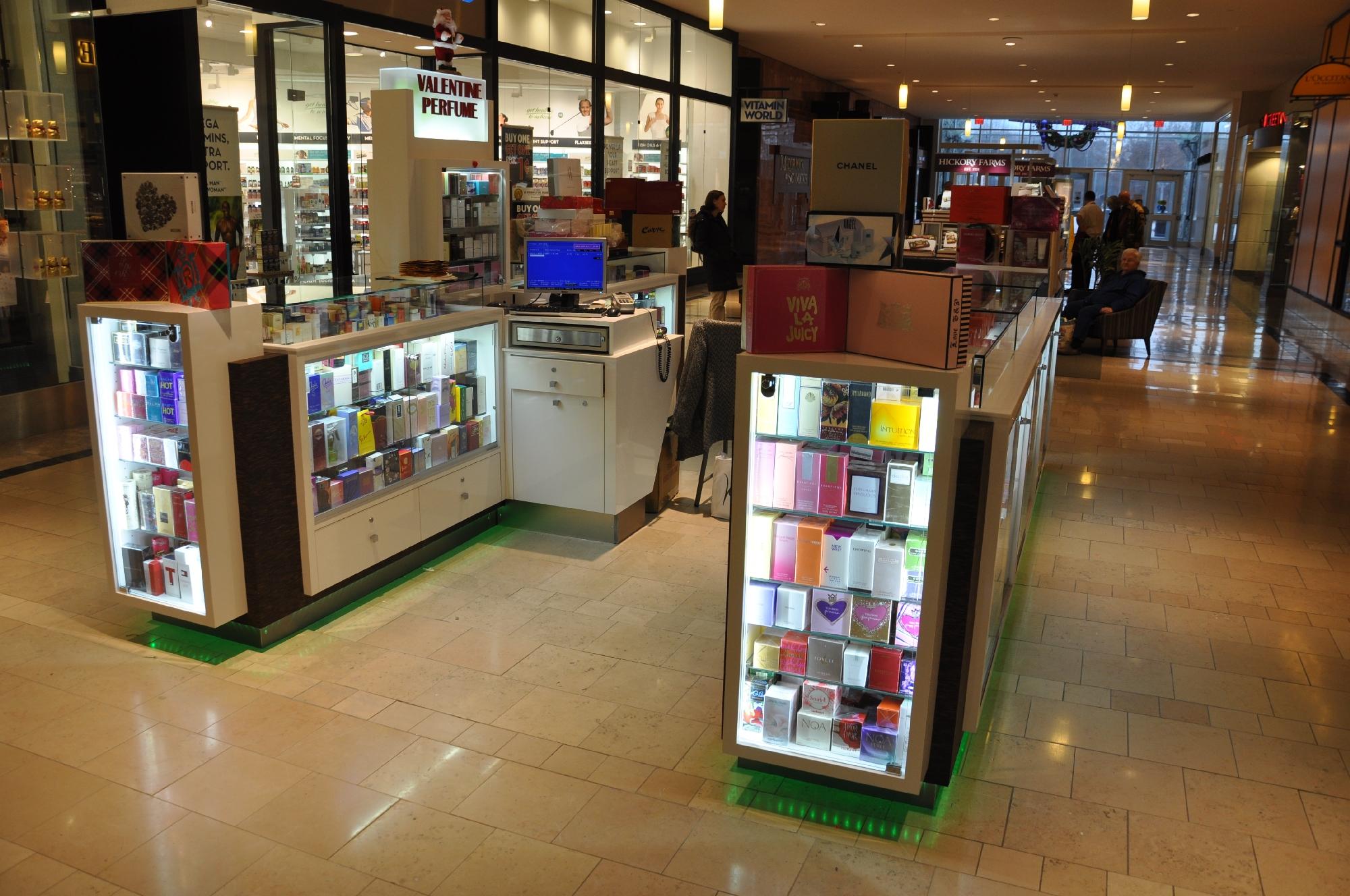 Valentine Perfume Kiosk BWC - Resize _12.jpg