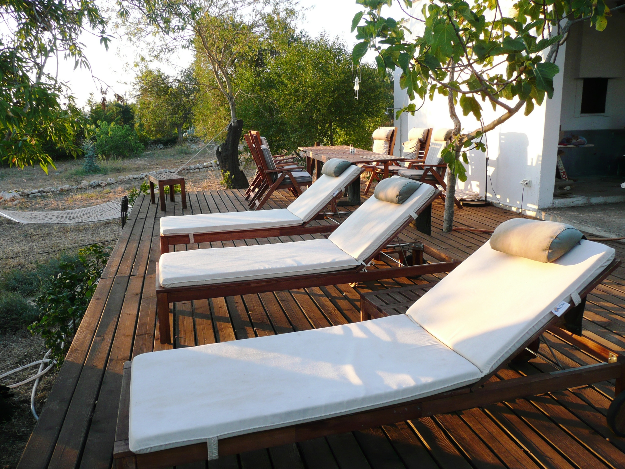 comfortable deck loungers