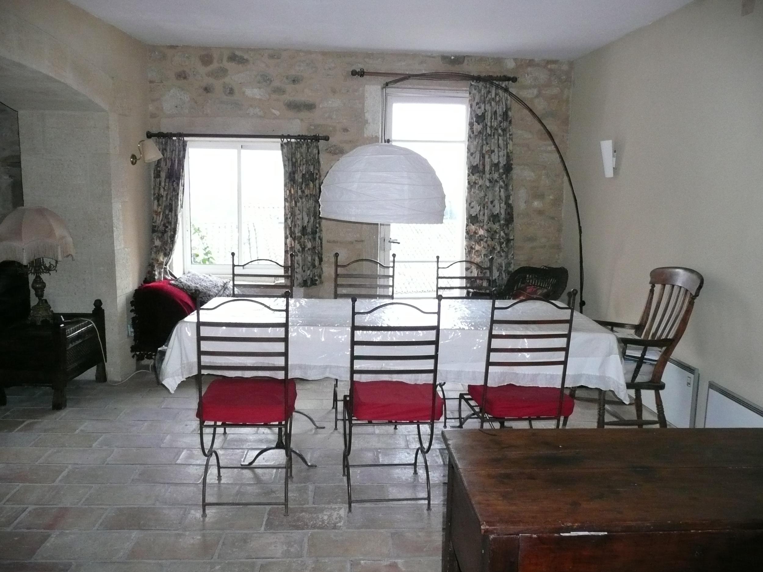 dining room lamp off gd.jpg