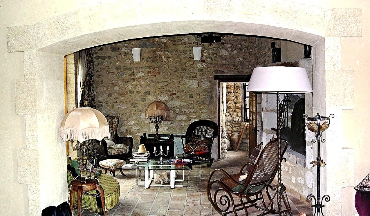 living room for guide.jpg