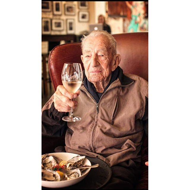 Today would have been this legend's 100th birthday. I'm lucky he was such a big part of my life. He lived to the ripe old age of 98. ⁣ ⁣Sophie and I are celebrating his memory in the only way he knew how: oysters and wine. Here's to Harry. 🥂