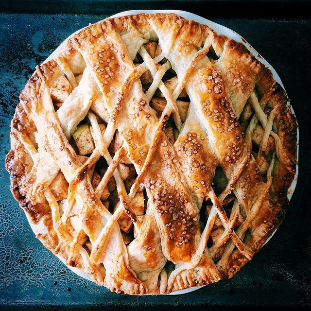 經典美式蘋果派的精緻版(圖片來源: feedfeed網站精選食譜 ,原作者 @rushyama )
