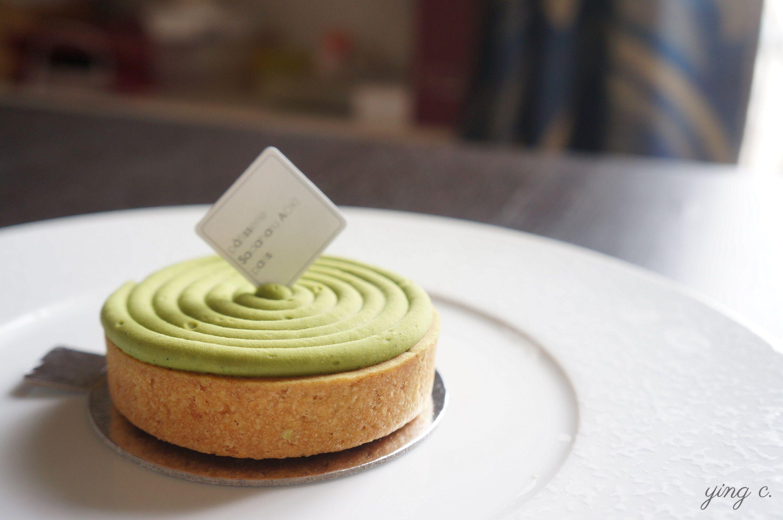 圖3. 巴黎青木定治( Sadaharu Aoki )的焦糖抹茶塔(tarte caramel matcha)。(攝影:Ying Chen)