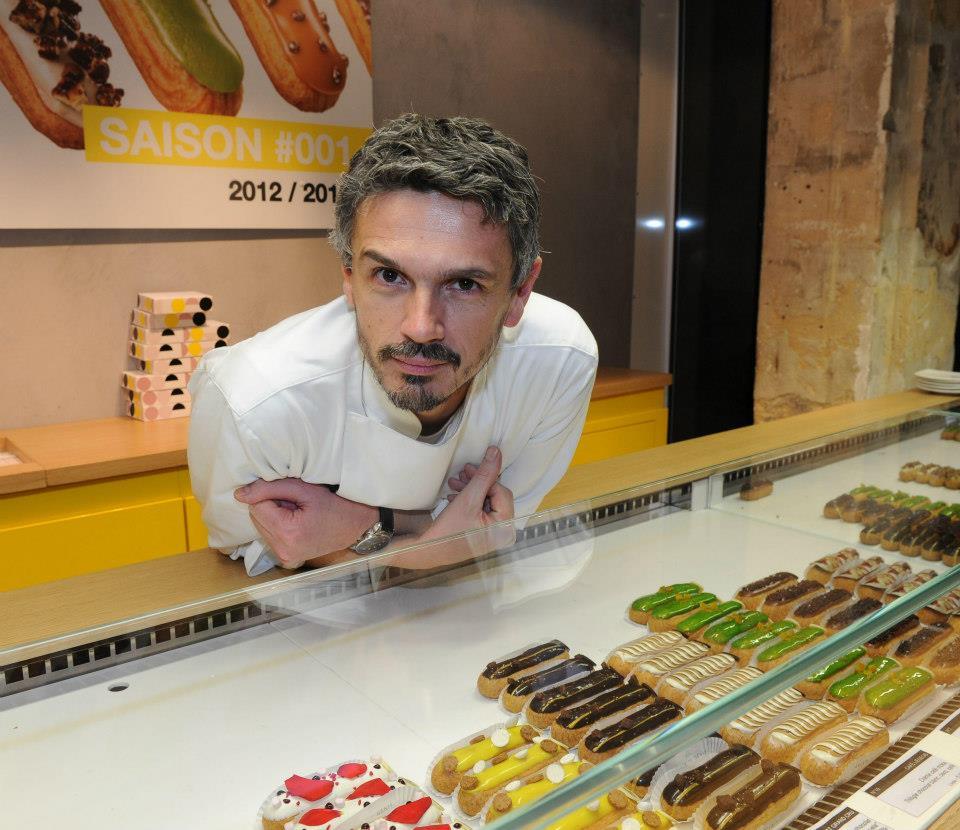 圖8:將閃電泡芙做了革命性改變,賦予時髦現代形象的名廚 Christophe Adam。(圖片來源: l'Éclair de Génie 的 Facebook粉絲頁 )