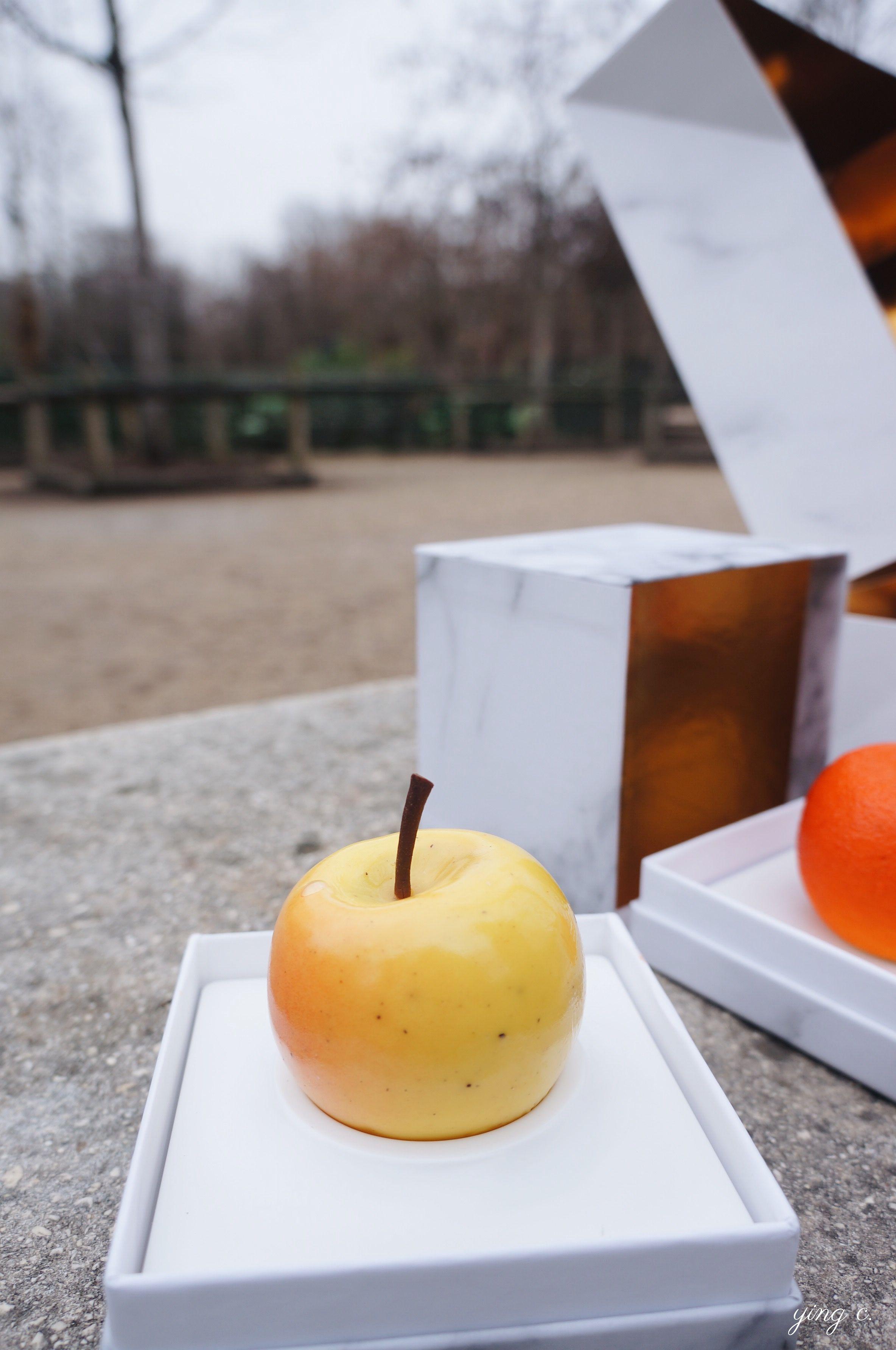 yellow apple(Pomme Jaune)fruit sculpture.