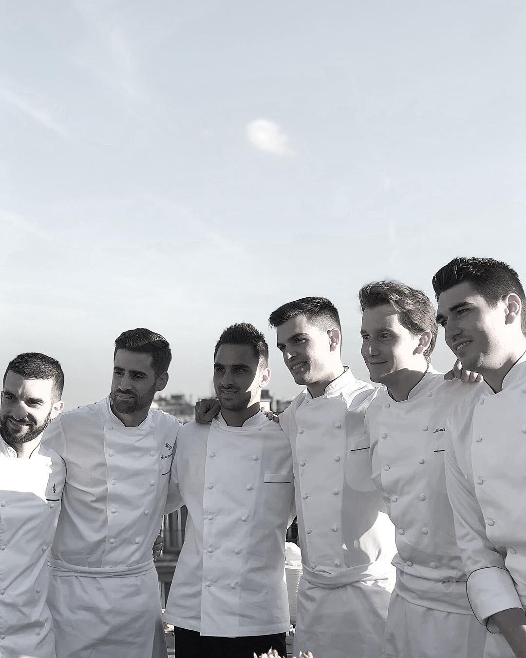 Maxime 與他的部分團隊成員合影。(照片來源:Instagram  @maxime.frederic )