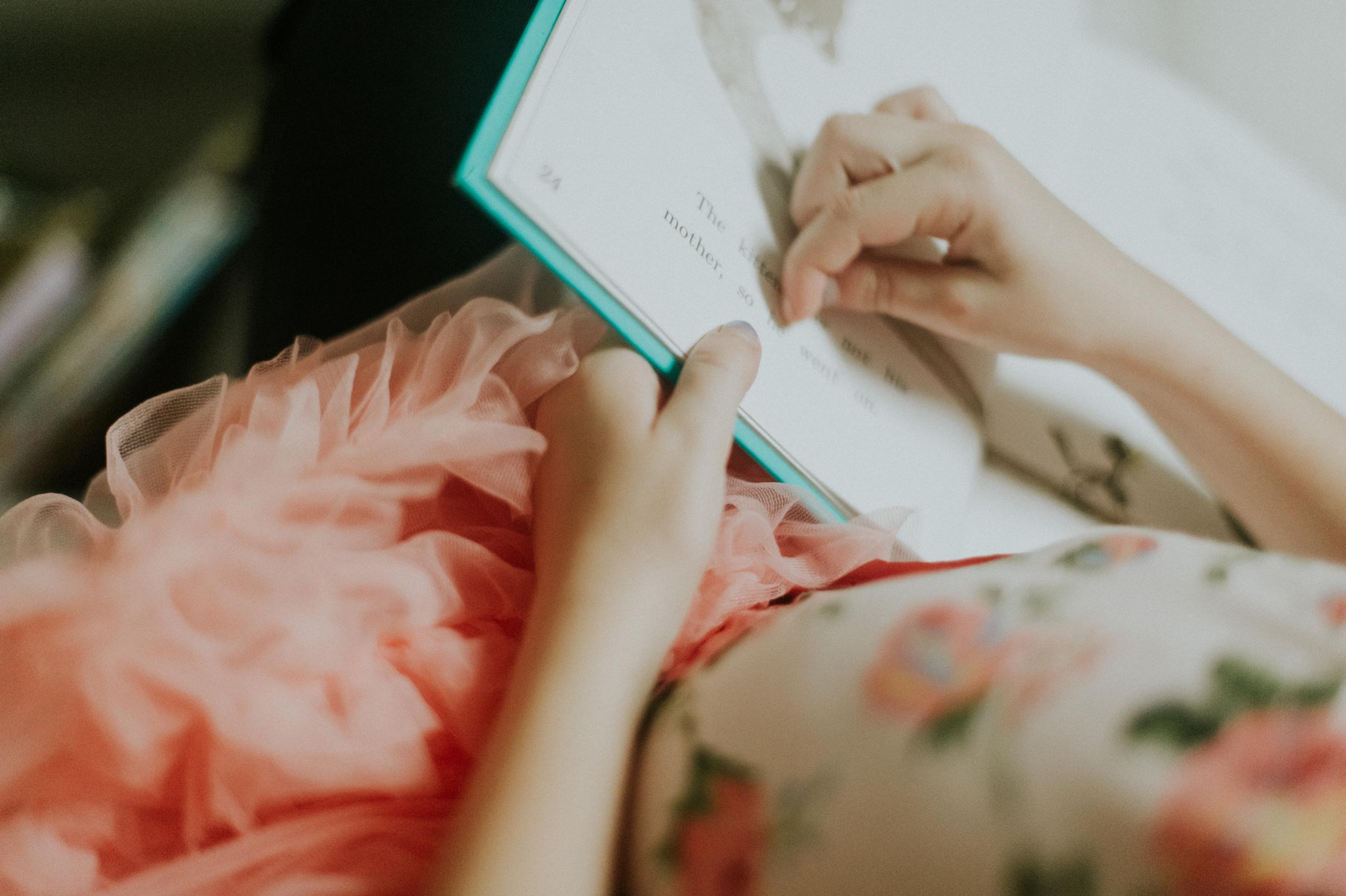 lily-reading-129.jpg