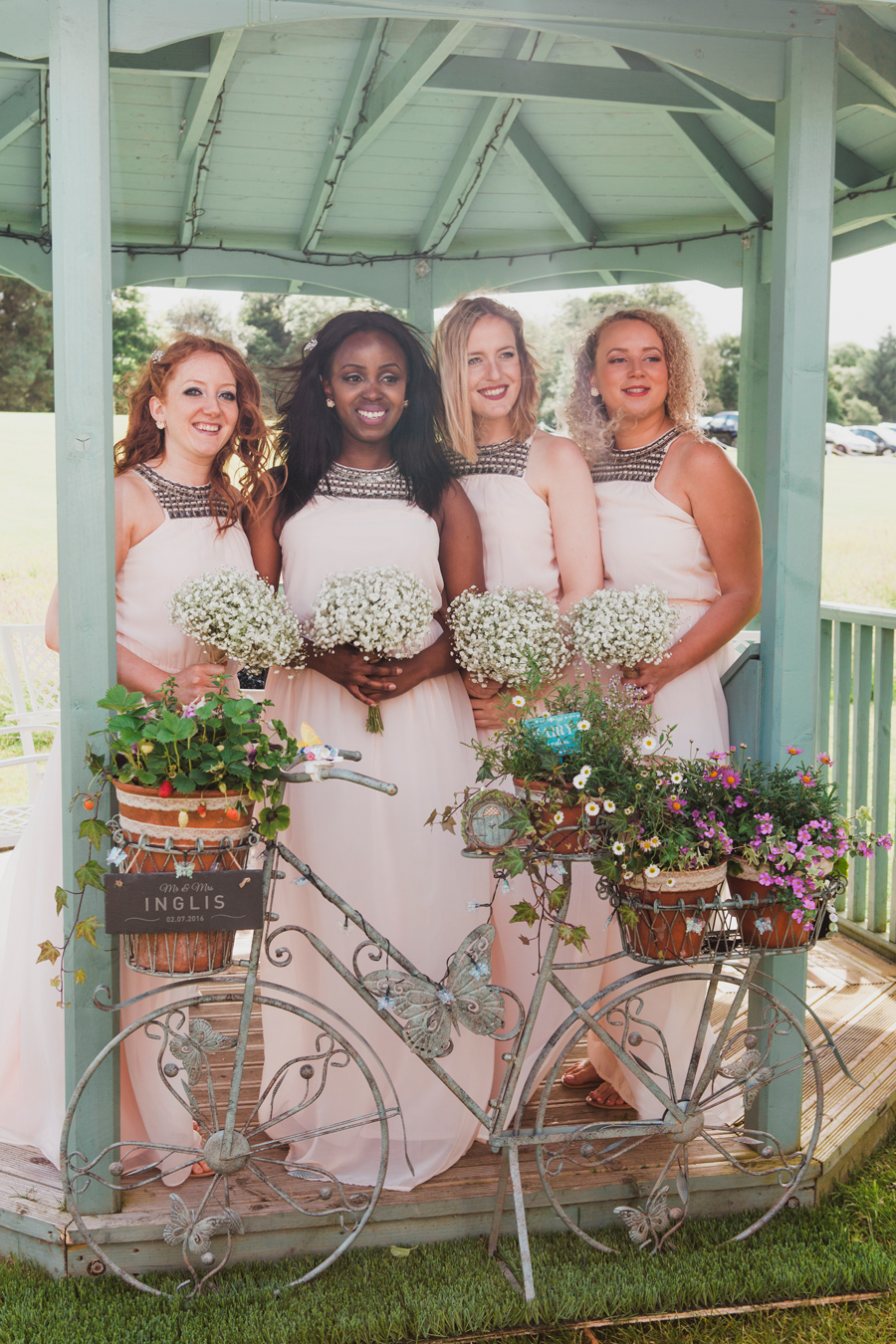 029-bridesmaids-edinburgh.jpg