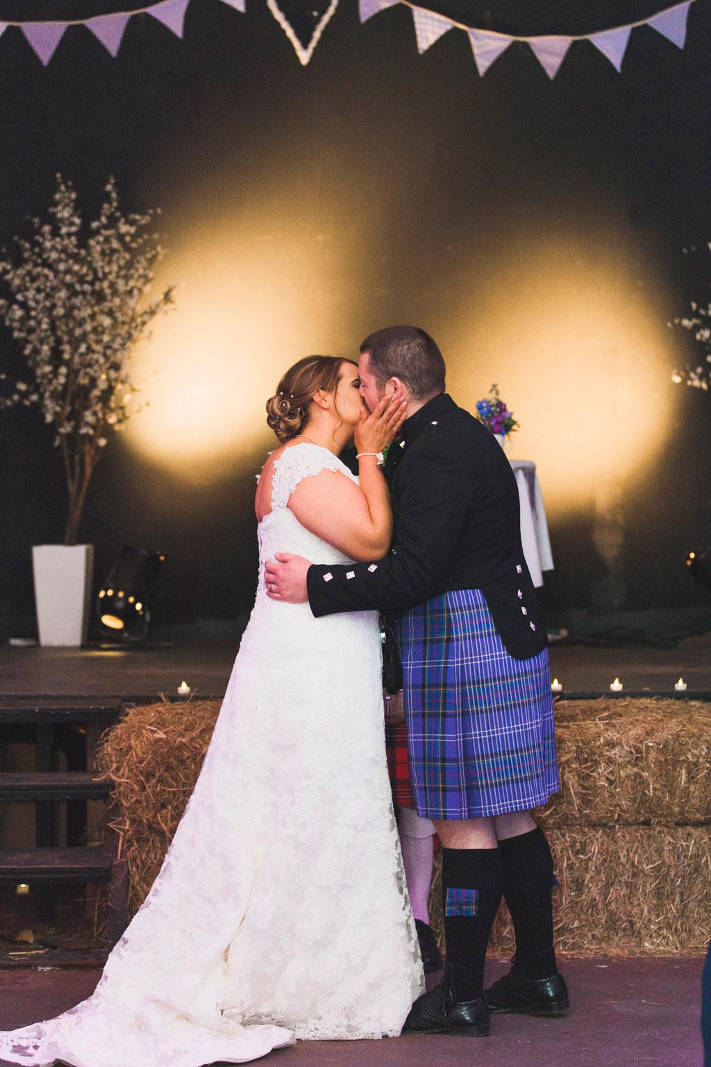 029-first-kiss-scotland.jpg