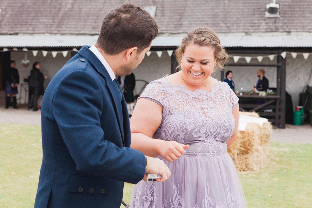 051-wedding-guests-scotland.jpg