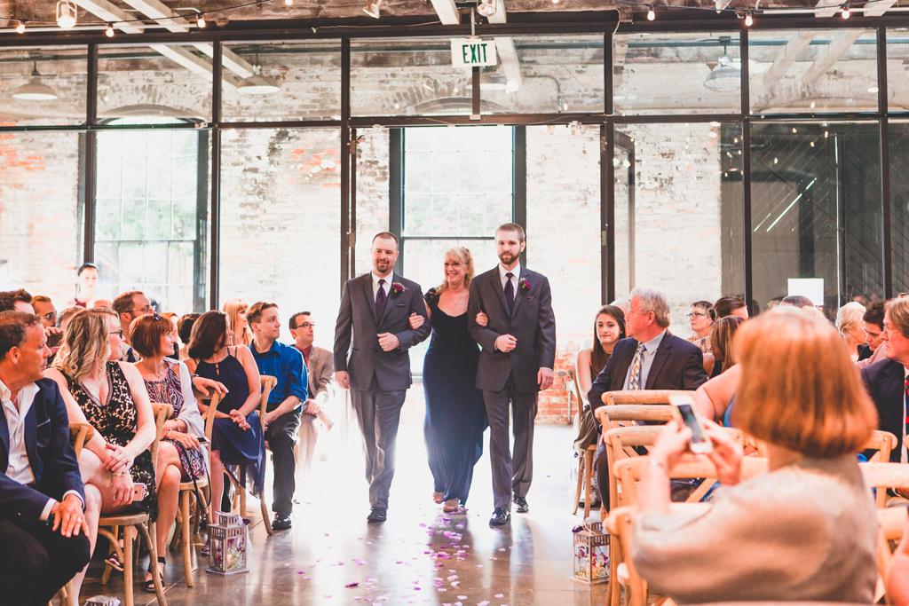 044-wedding-photography-mt-washington-dye-mill.jpg