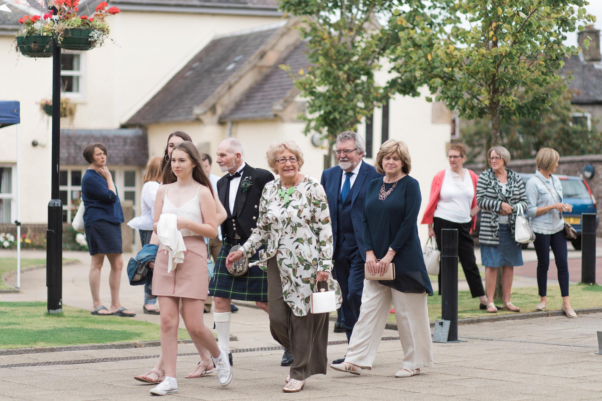 042-lanark-wedding-photographer.jpg