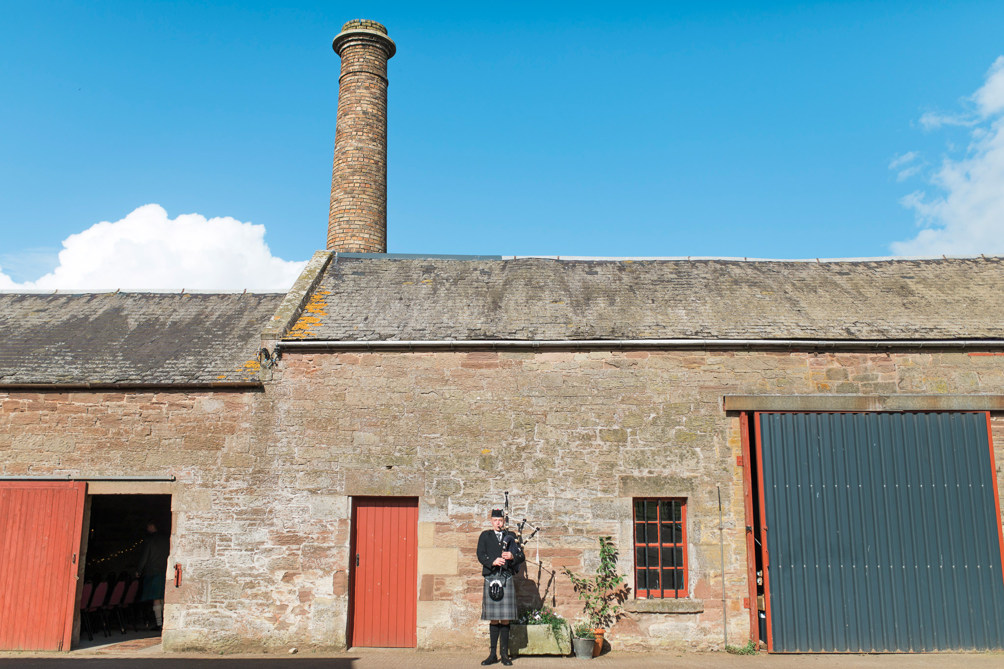041-destination-wedding-photographer-scotland.jpg