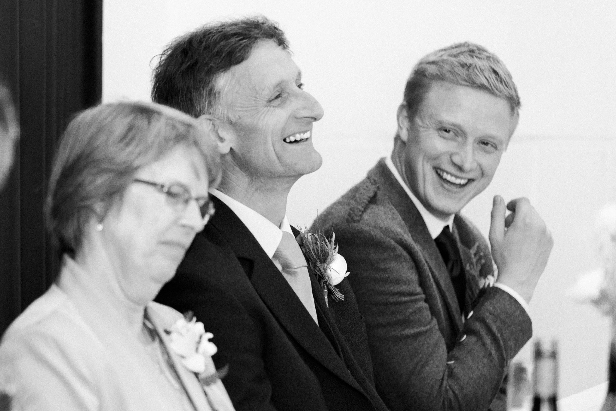 107-relaxed-wedding-photography.jpg