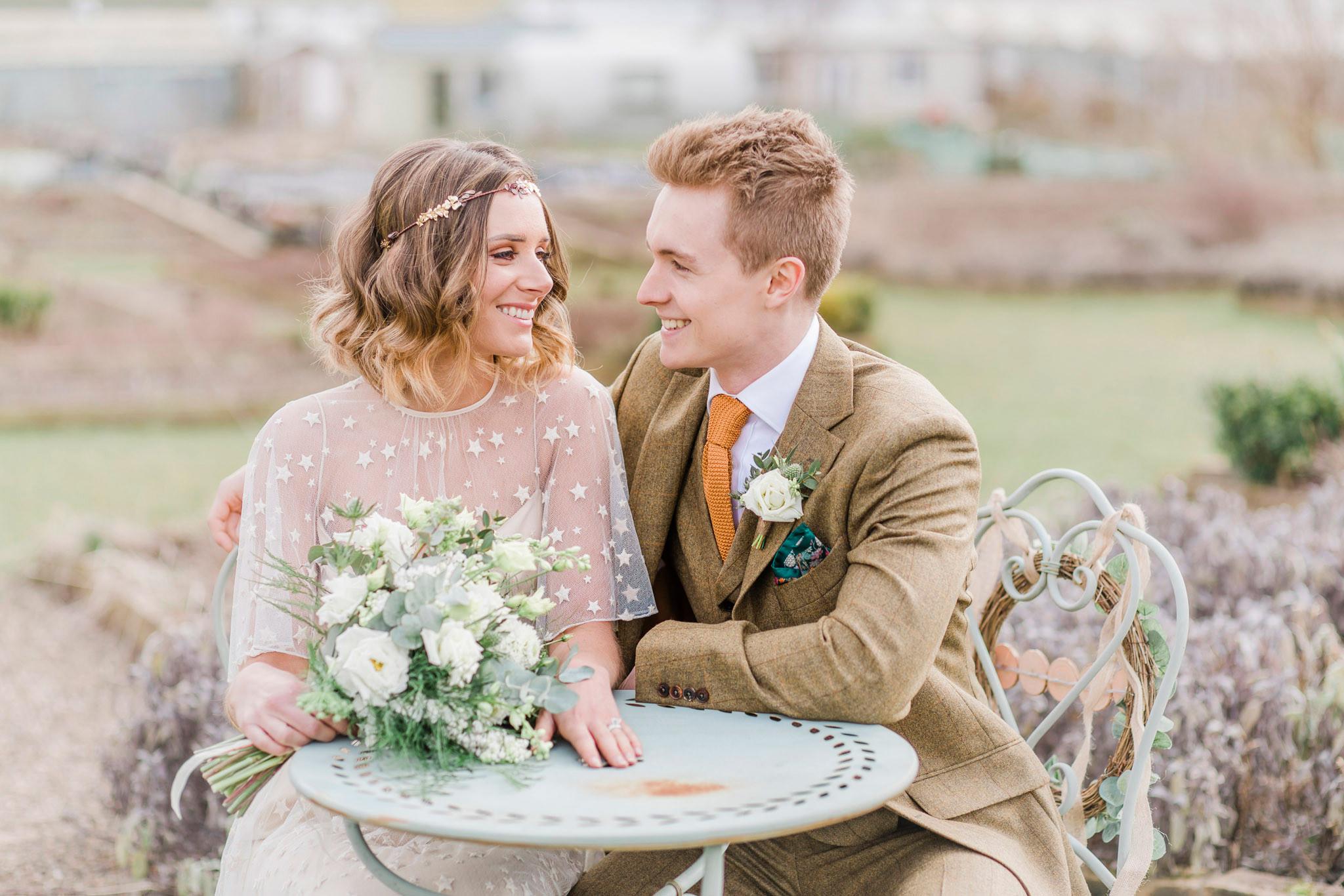rustic-romantic-outdoor-wedding-photographer-edinburgh-08.jpg
