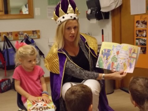 A Royal Reader reading to one class.JPG