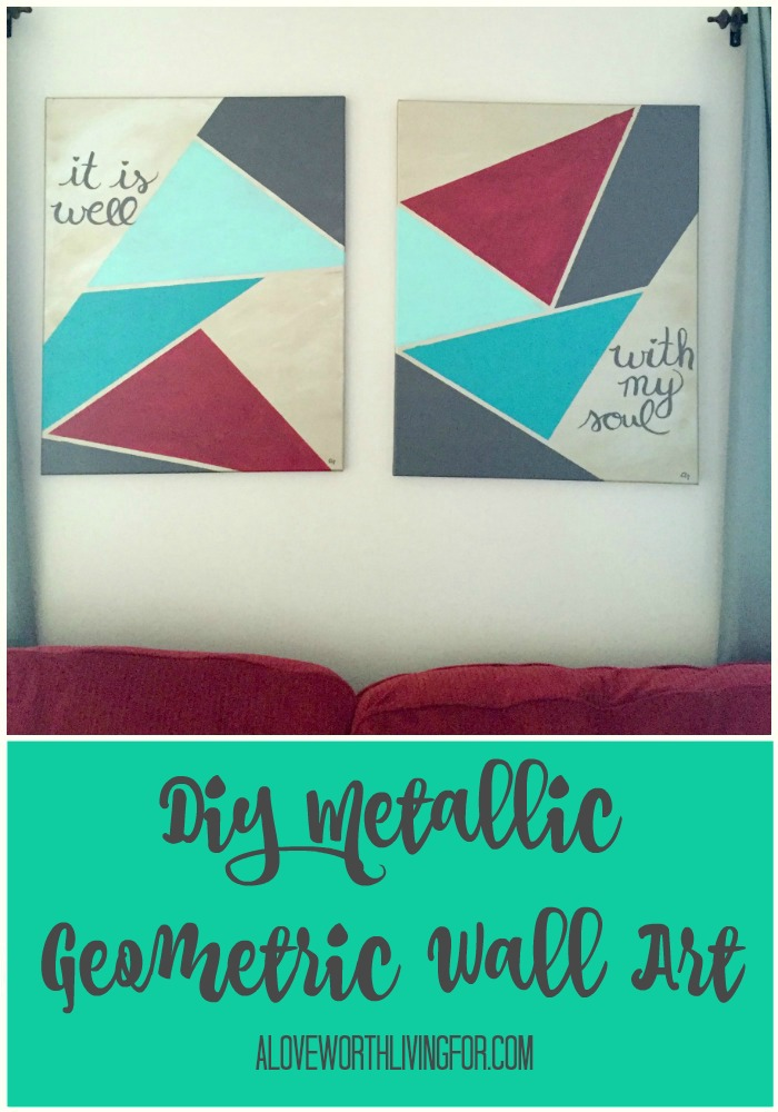 I am all about getting more metallics into my house! These Geometric Wall Art canvases are SUPER easy & SUPER quick to create!!