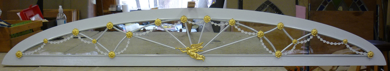 Hudson River Traditional Transom Recreation with Gilt Castings