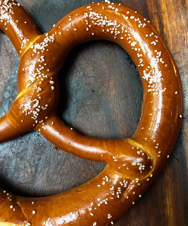 Giant pretzels 🥨 So simple. So satisfying. #germanfood  #pretzels  #gutenappetit