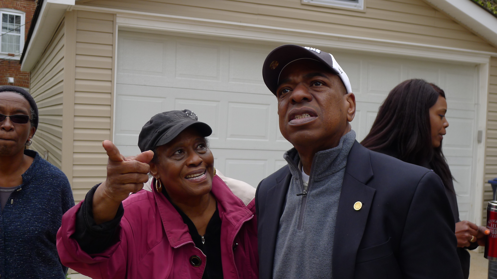 Mary Walker, of Varnum Street, talks with Councilmember Vincent Orange.  Photo courtesy of Joe Martin.