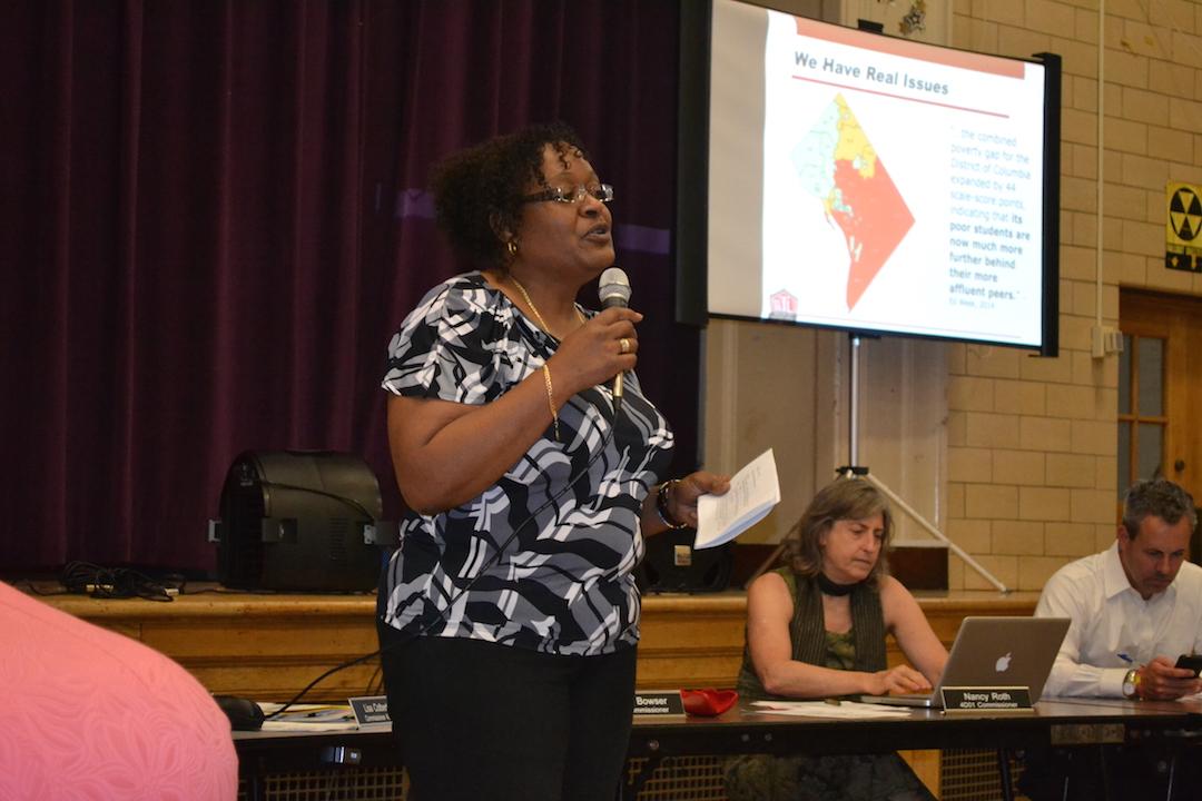 Cynthia White, president of Jefferson Homestead People United Tenants Association.