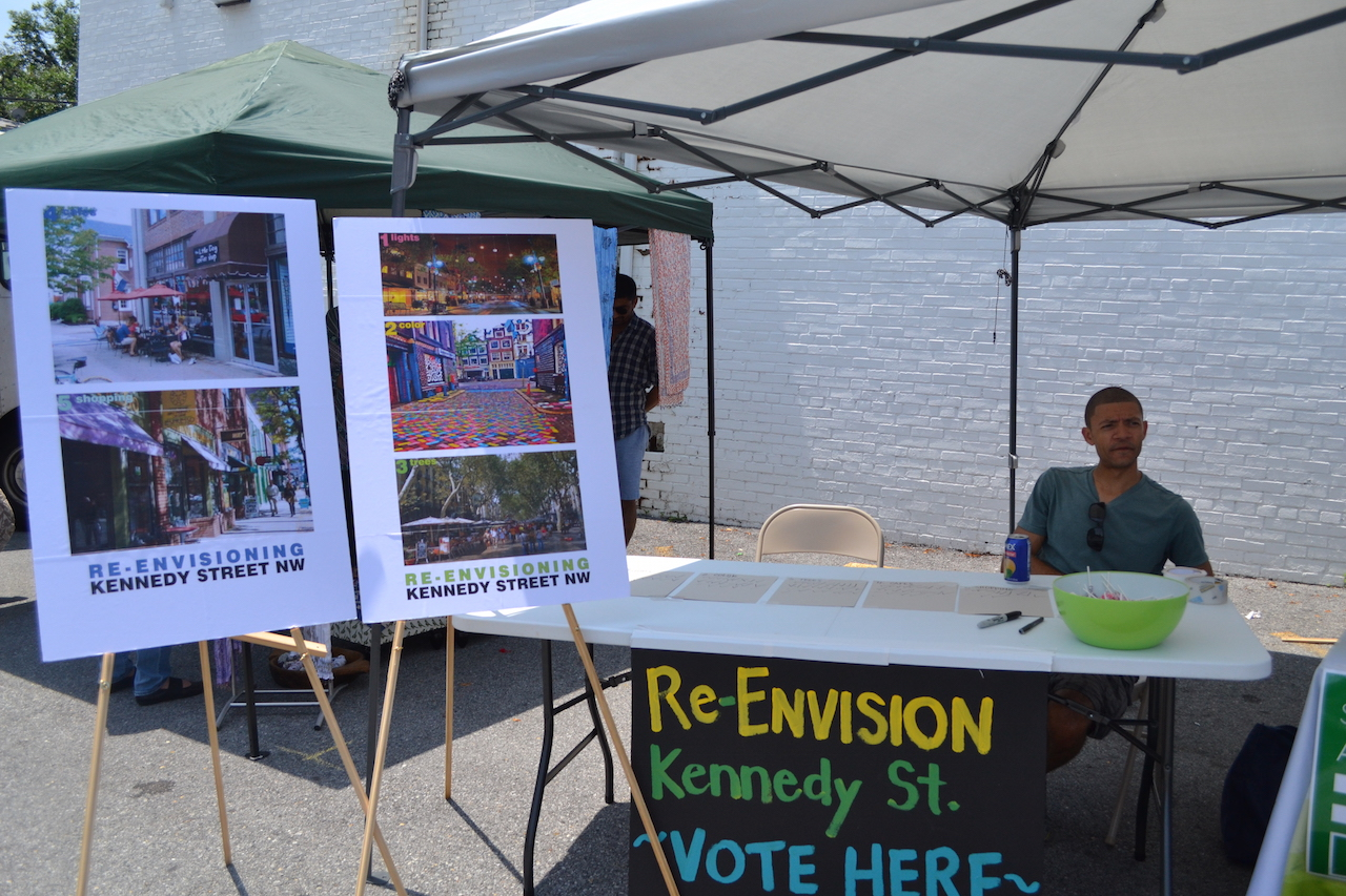 Earl Biglow had a table set up to gather feedback from residents on ways to enhance (re-envision) Kennedy Street.