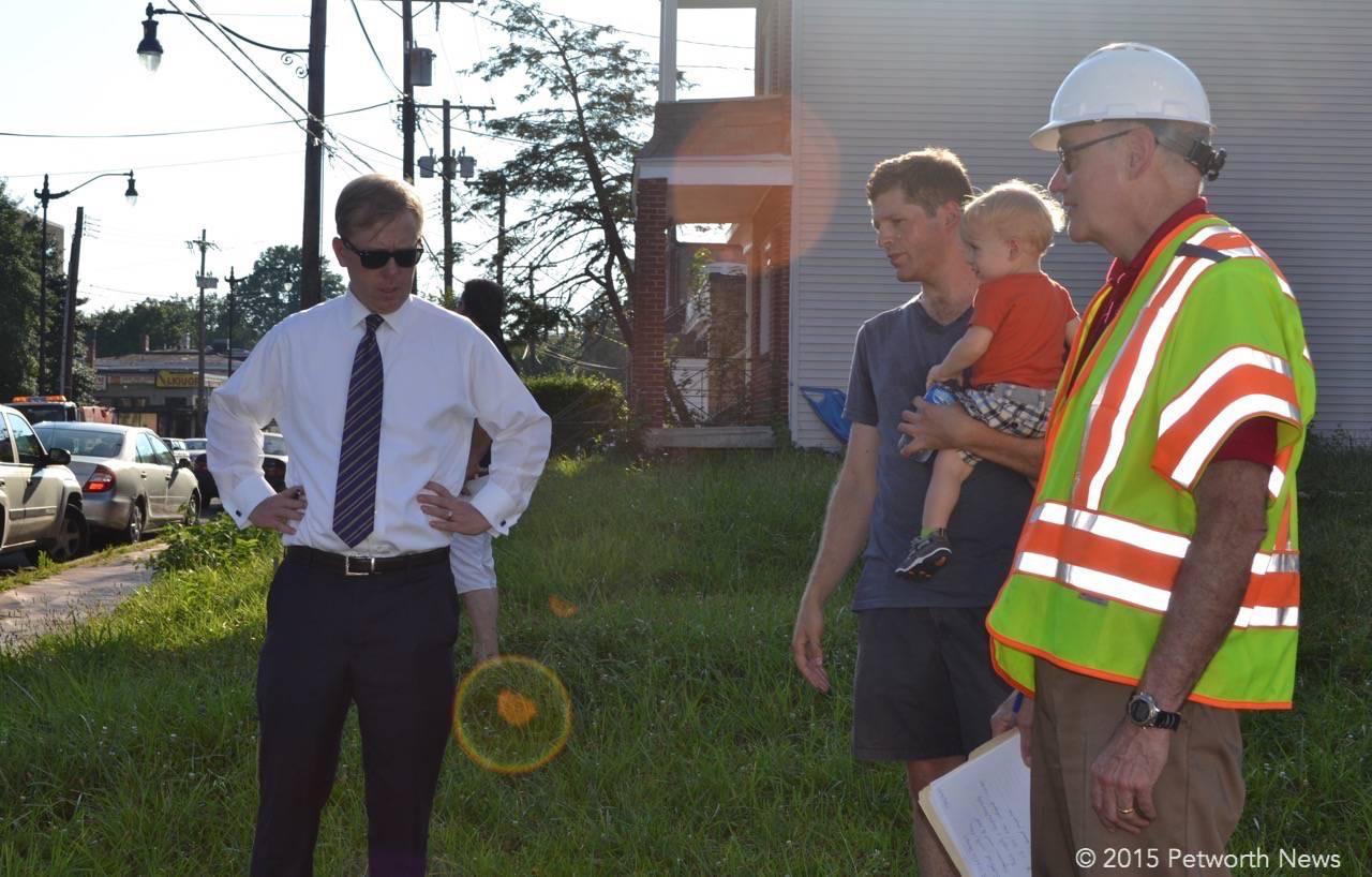 DDOT Director Leif Dormsjo, resident David Gottfried and Paul Hoffman from DDOT
