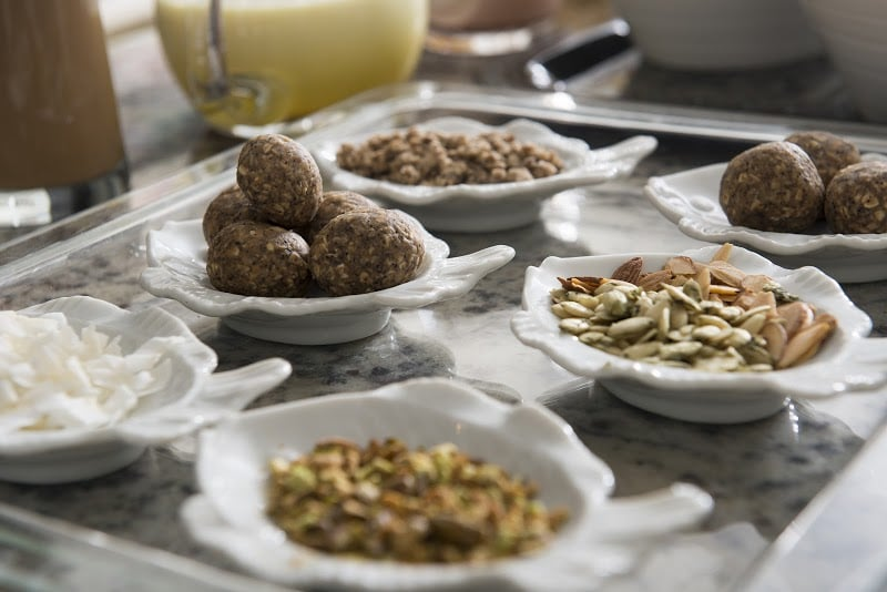 Toli Moli's surprise offerings of little crunchy, snacky things and falooda toppings.(photo:Les Joueurs Photography)