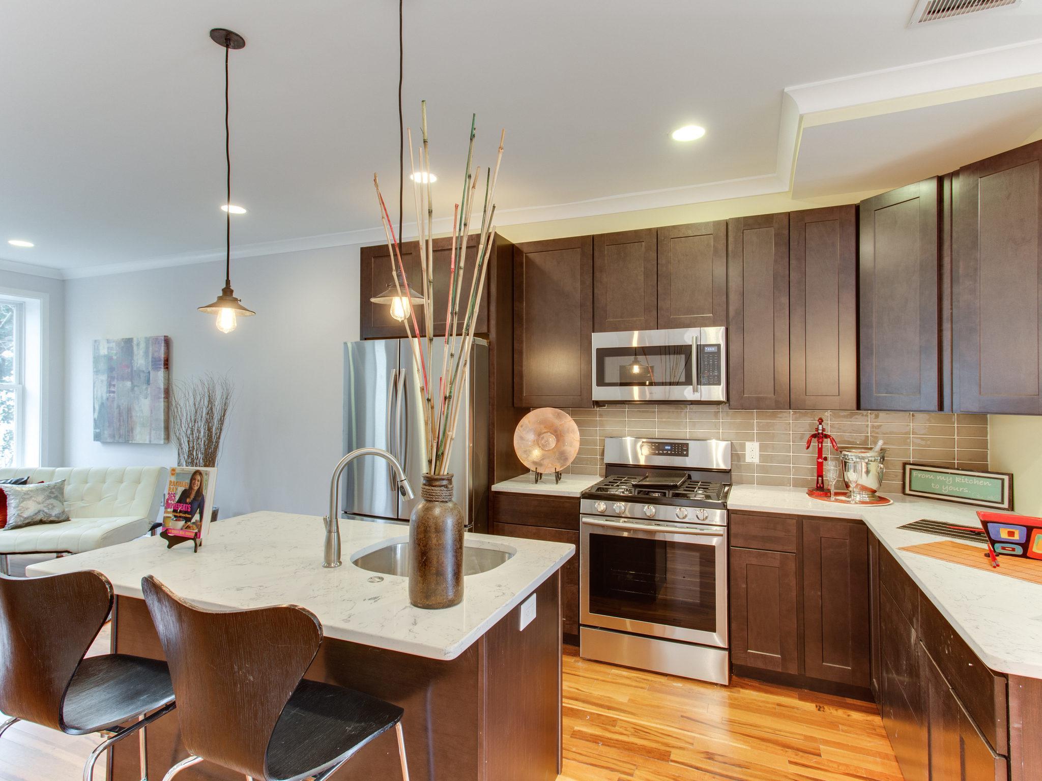 2807 Sherman Ave Unit B Kitchen.jpg