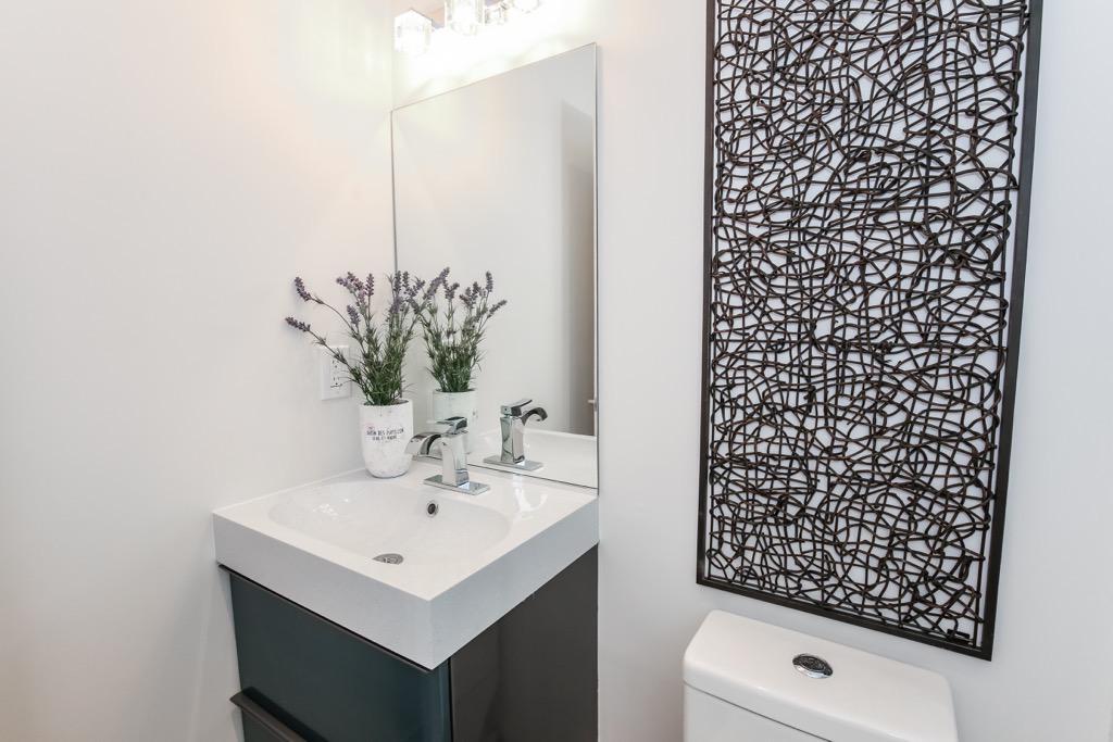 15-Full Bathroom 1  -Unit 1.jpg