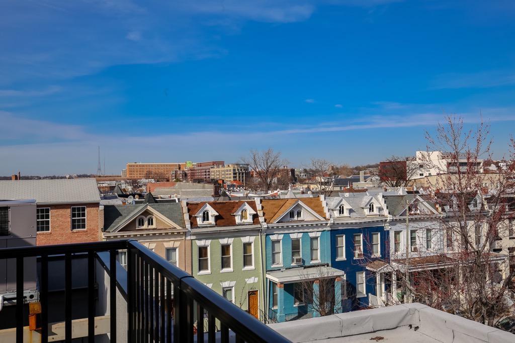 36- Roof Top Deck View.jpg