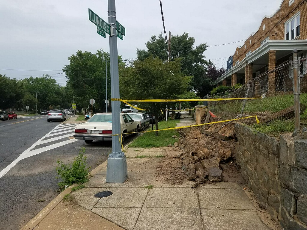 DCRA put up caution tape around the damaged wall (Photo: DC MOCRS)