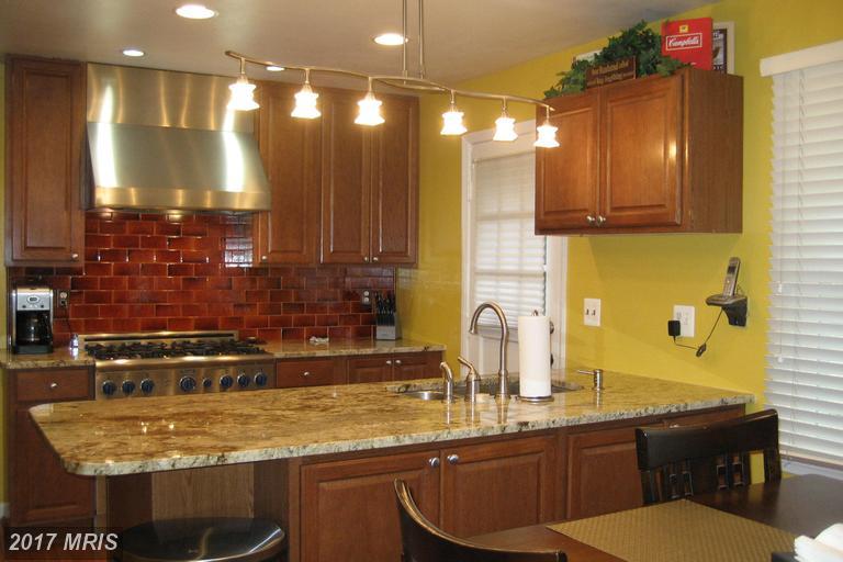 BEFORE - Kitchen mustard yellow.jpg