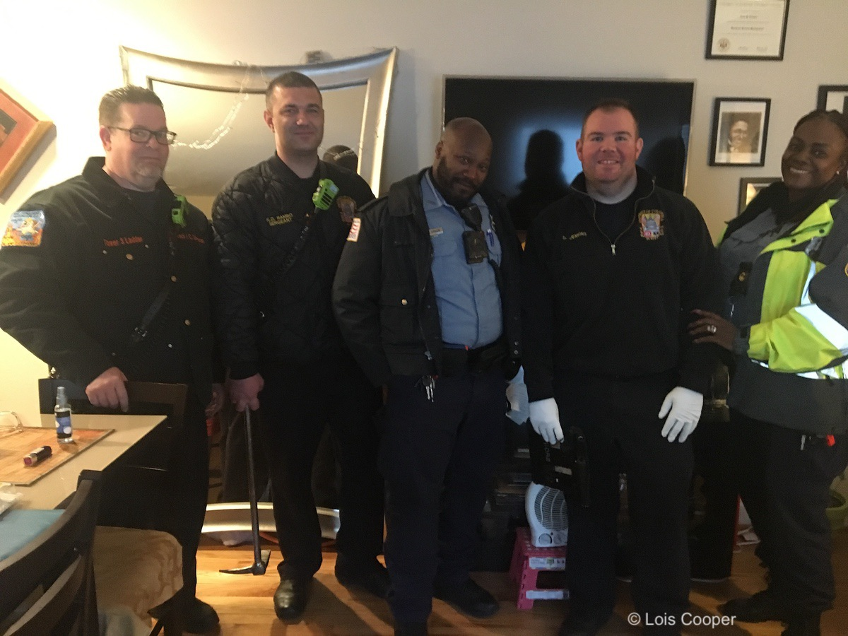 DC Fire & EMS and MPD officers who came to the author's rescue.