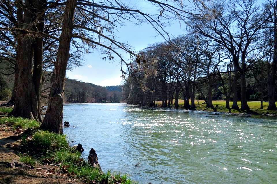 Rivermorning.jpg