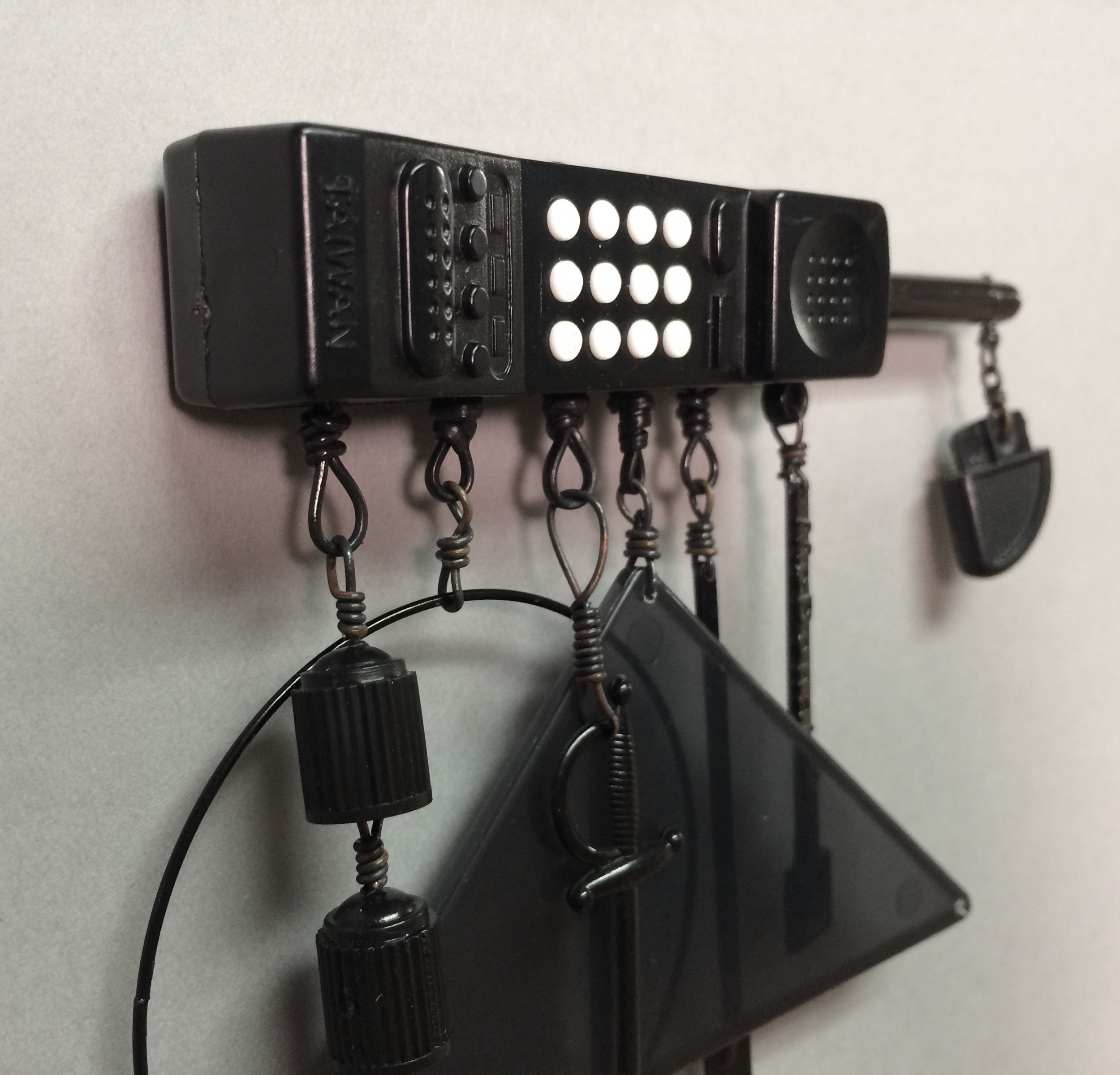Hanging on the Telephone (brooch)