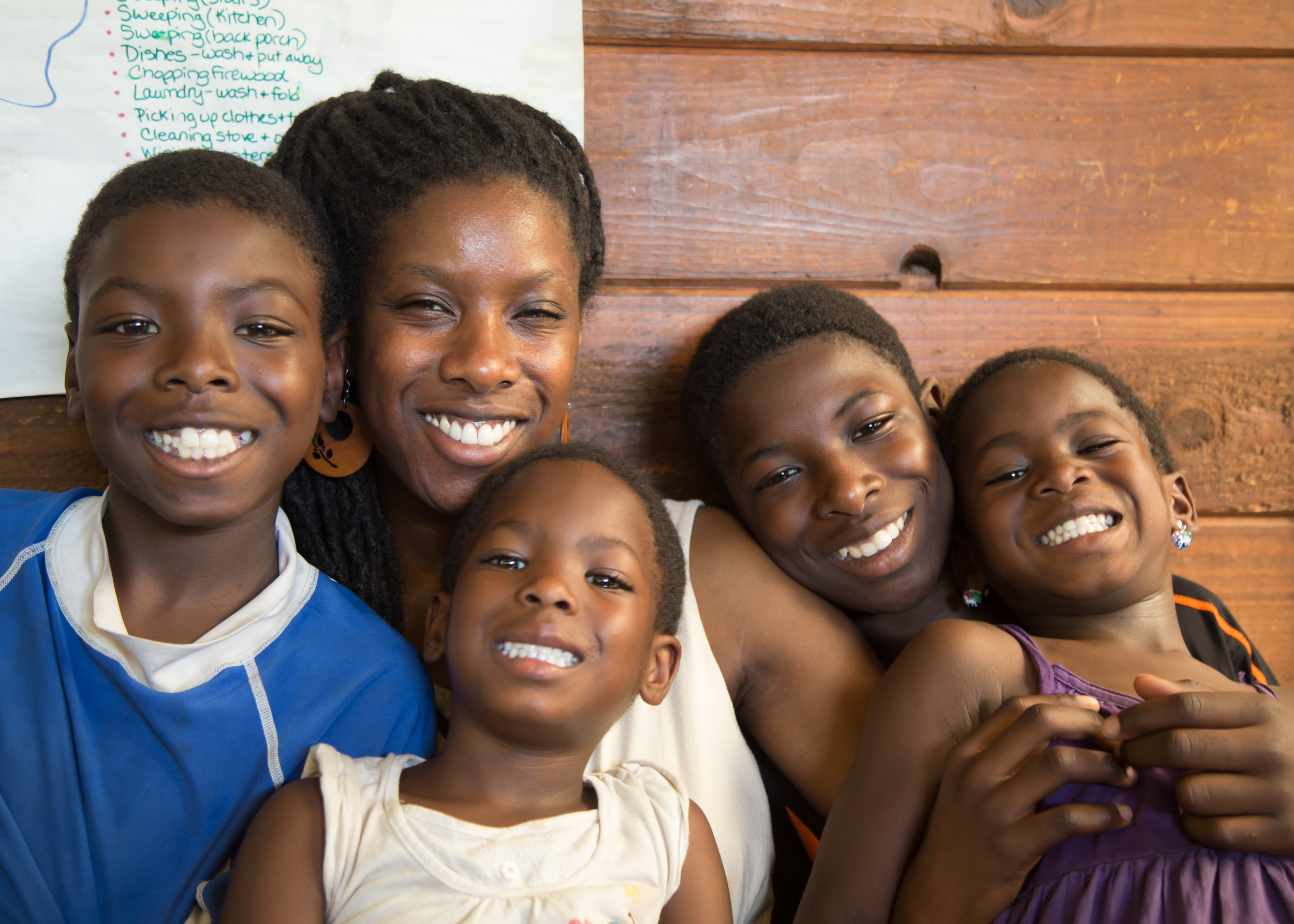 Laura with her children Achedzi, Ayla, Abeka and Jahsi